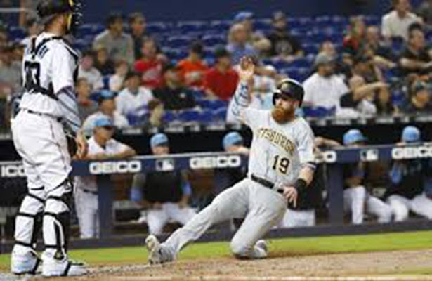 Pirates late rally secures 5-4 win over Miami
